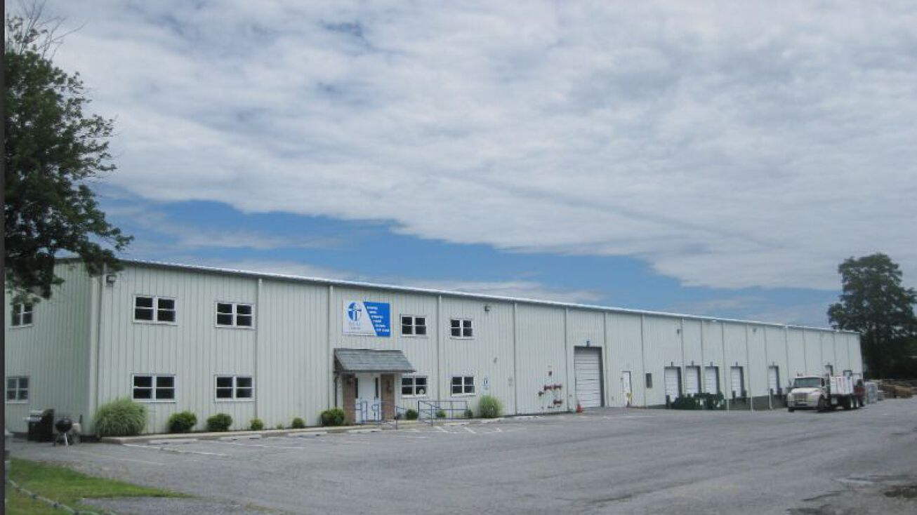 344 Manchester Rd Westminster Md 21157 Industrial Property For Sale The Roof Center