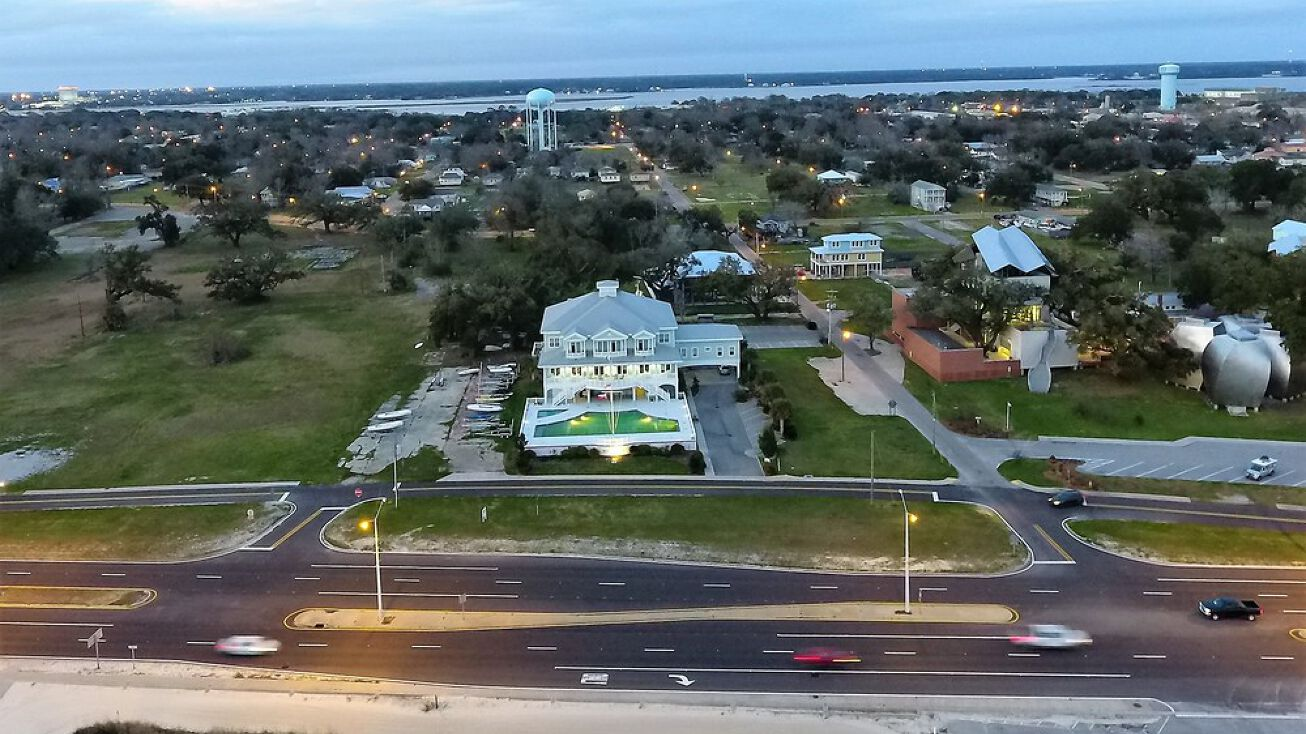 408 Beach Blvd Biloxi Ms 39531 Retail Property For Sale