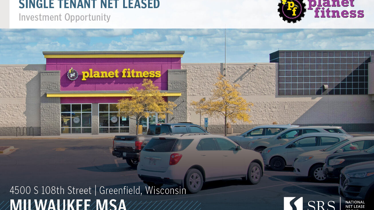 4500 S 108th St Greenfield Wi 53228 Retail Property For Sale Planet Fitness