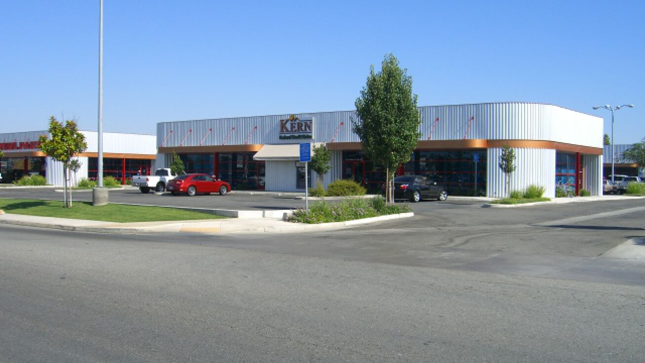 Bakersfield Auto Mall >> 3001 Auto Mall Drive Bakersfield Ca 93313 Commercial